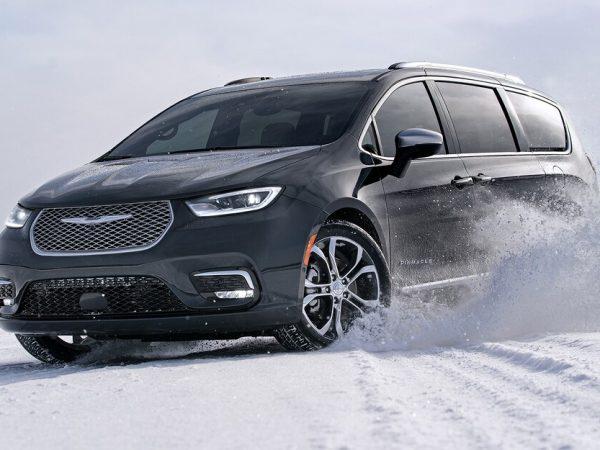 Chrysler Pacifica : รถยนต์รุ่นใหม่
