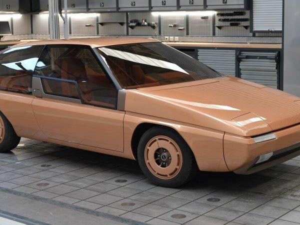 มาสด้าเพิ่งฟื้นฟู MX-81 Aria Concept สไตล์โดย Bertone