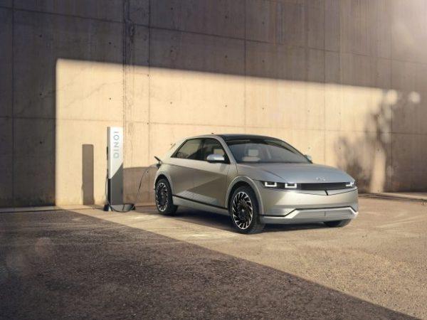 2022 Hyundai Ioniq 5 EV นำเสนอระยะทาง 300 ไมล์ในสหรัฐอเมริกา