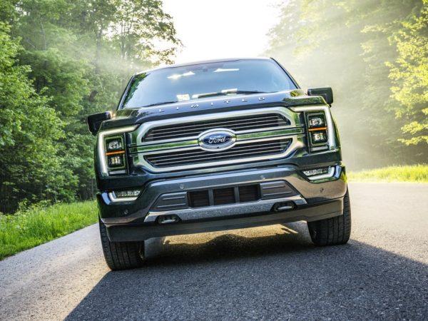 Ford ทุ่มงบมหาศาลในโรงงานไฟฟ้า F-Series และโรงแบตเตอรี่