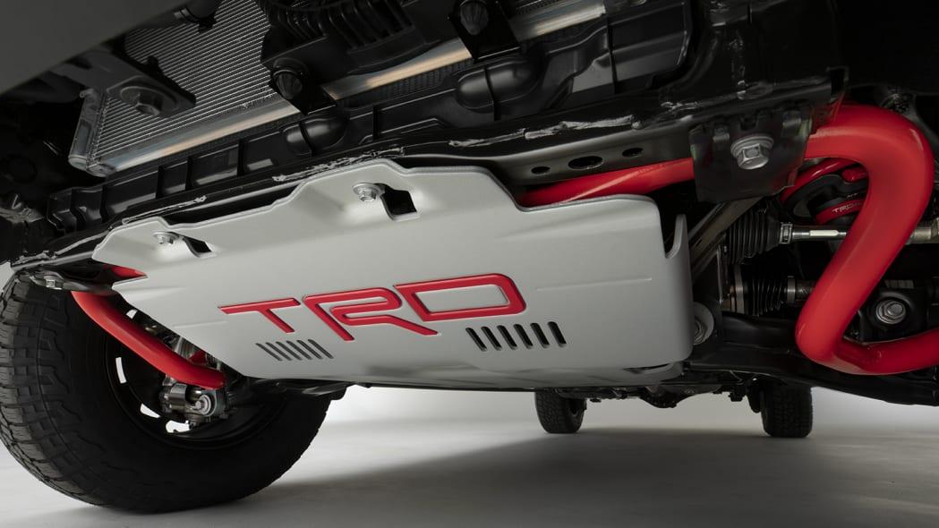 2022 Toyota Tundra TRD Pro อวดช่วงล่าง คอยล์สปริงหลัง