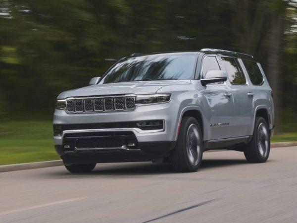 รีวิวการขับรถครั้งแรกของ Jeep Grand Wagoneer ปี 2022 | A (มาก) ผลตอบแทนที่ยิ่งใหญ่