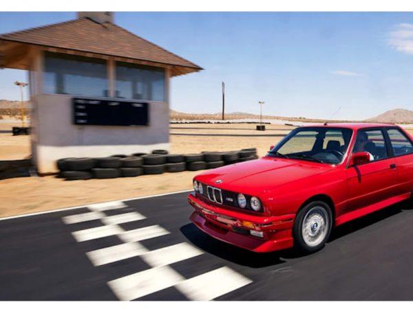 M3 ปี 1988 คันนี้เป็น BMW ที่ดีที่สุดและคุณสามารถชนะมันได้